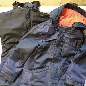 Like New 5T Old Navy Winter Coat and Snow Pants